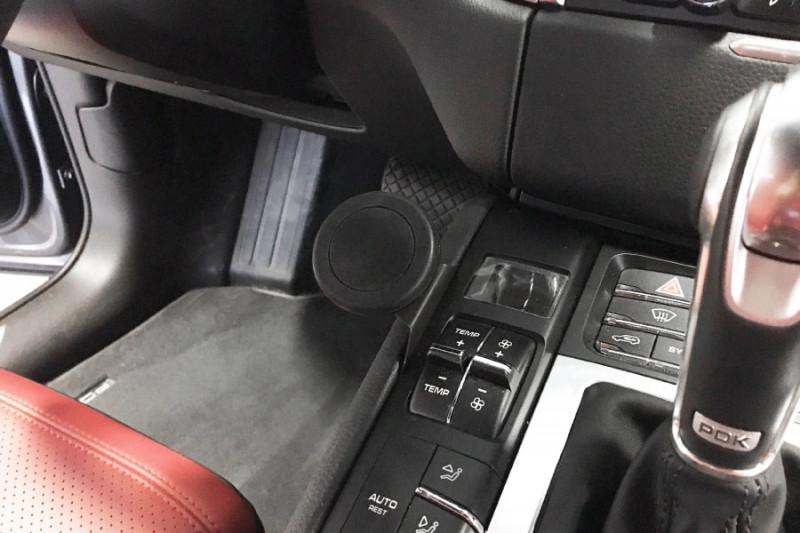 Rennline ExactFit Screw-in Magnetic Phone Mount for Porsche Macan