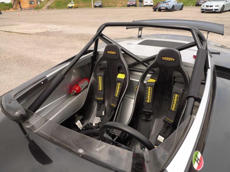 Tillett B6 in a Lotus 211