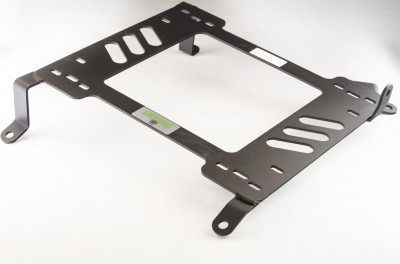 Planted Infiniti G35 6 Speed (2003-2008) adapter bracket passenger