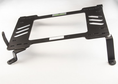 Planted Infiniti G35 6 Speed (2003-2008) adapter bracket passenger rear view