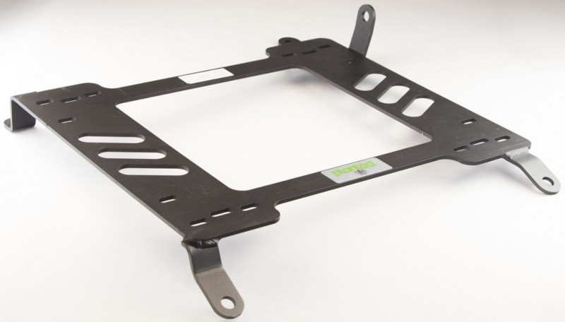 Planted Nissan 370Z (2008+) adapter bracket passenger side view