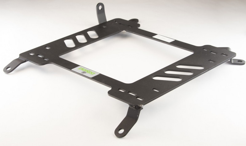 Planted Nissan 370Z (2008+) adapter bracket driver