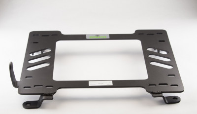 Planted Chevrolet Camaro (2010-2015 excluding ZL1) adapter bracket passenger rear view
