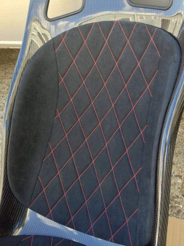 Tillett B5 pads with red diamond stitching