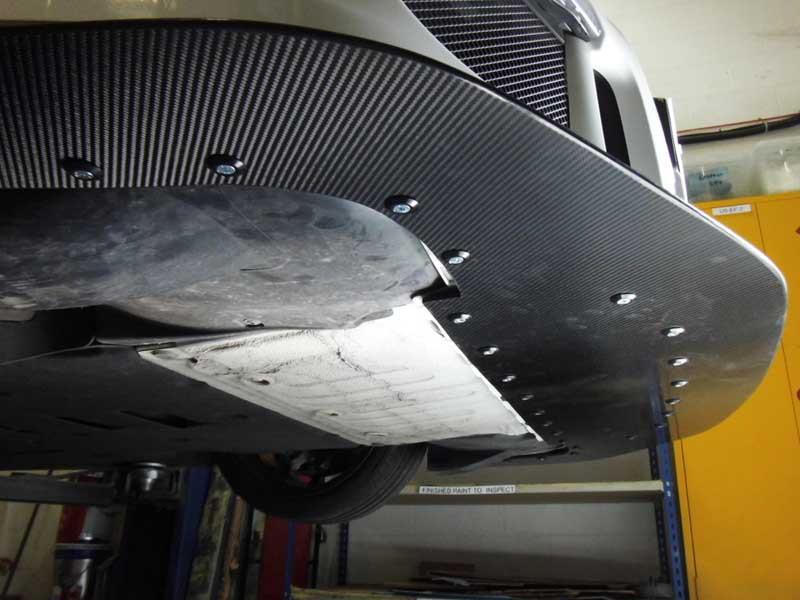 GT3 splitter underside